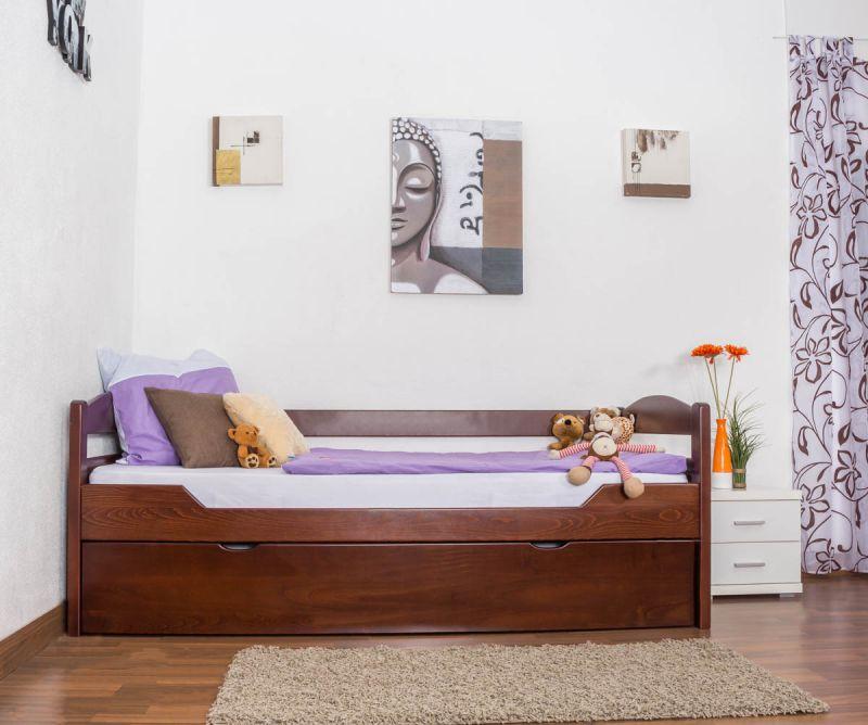 Bett mit Gästebett