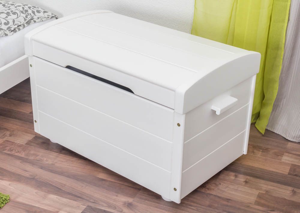 Truhe Kiefer massiv Vollholz weiß lackiert 006 – Abmessung 59 x 53 x 87 cm (H x B x T)